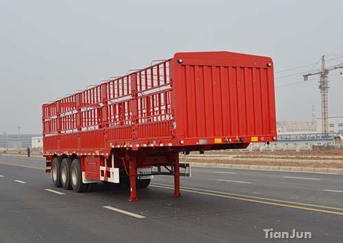 鹅颈仓栅式运输半挂车